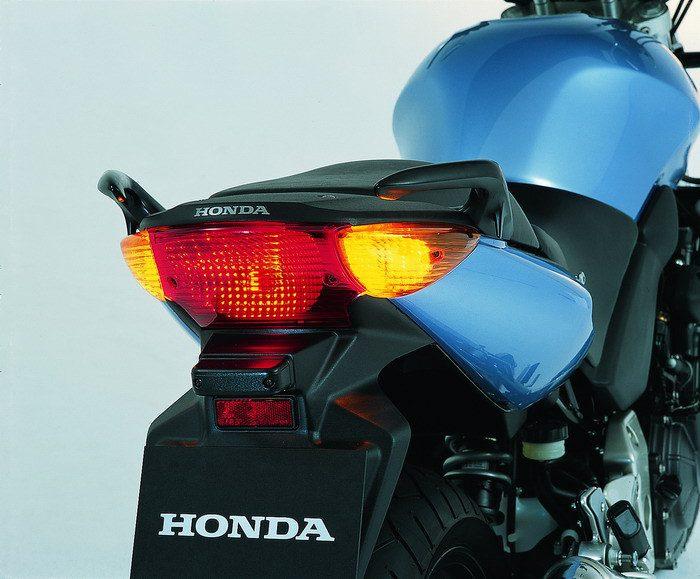 Honda CBF 600 N 2004 - 11