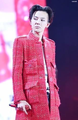 G-Dragon ACT III MOTTE in Seoul 2017-06-10 (60)
