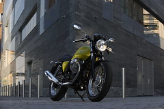 Moto-Guzzi V7 750 Cafe Classic 2010 - 30