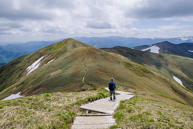 最後のピーク、、平標山へ向かいましょ