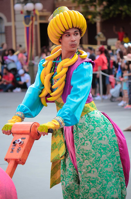 Mickey's Soundsational Parade, Canon EOS REBEL T4I, Canon EF-S 55-250mm f/4-5.6 IS II