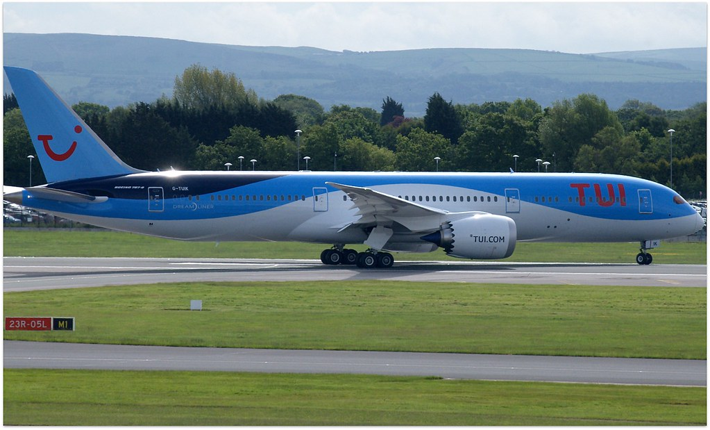 G-TUIK - B789 - TUI Airways