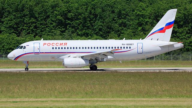 Rossiya Sukhoi Superjet100 RA-89067