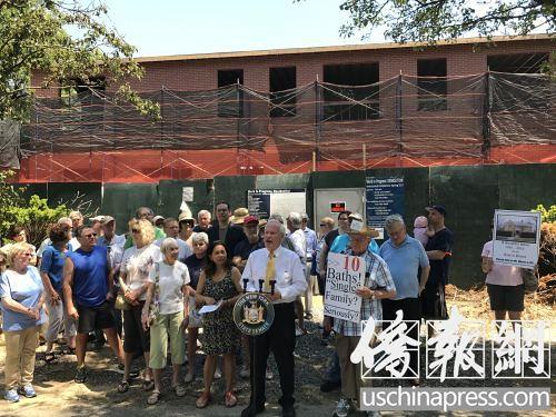 美华人业主拟将一套房改建10卧8卫浴 引发抗议