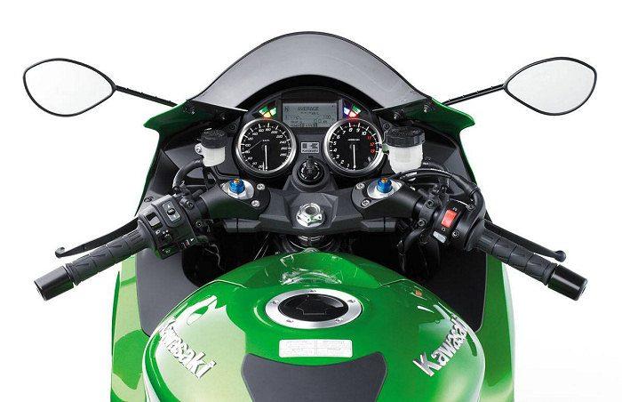 Kawasaki 1400 ZZR 2019 - 17