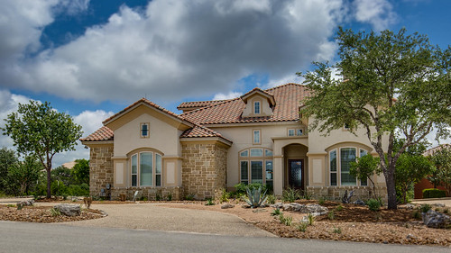 137 Paradise Point Dr Boerne-large-007-2-Front-1500x844-72dpi