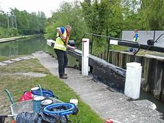 2017 05 11 016-1 CRT volunteers, Greenham Lock