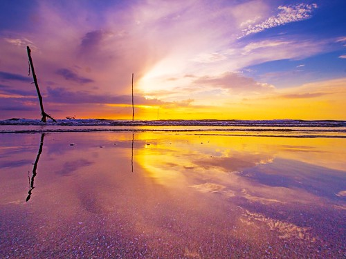 pantaisepat kuantan pahang malaysia travel places trip sunrise beach cloud sky reflection canon eos700d canoneos700d canonlens 10mm18mm wideangle