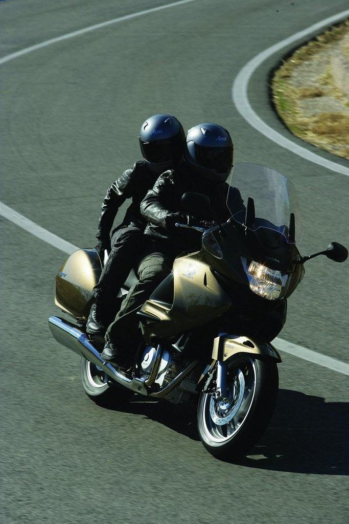 Honda NT 700 V DEAUVILLE 2009 - 31