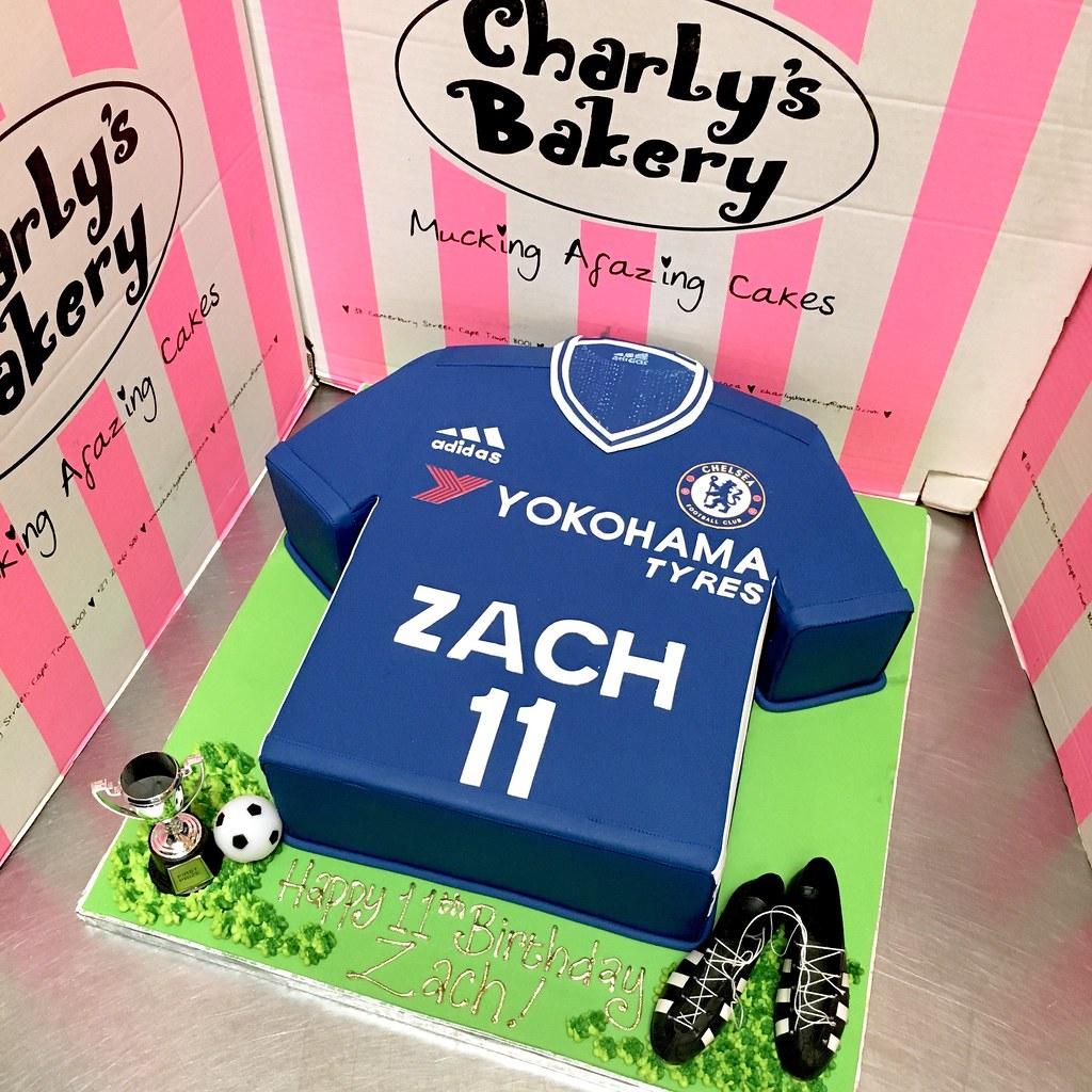 c1fab3f7a 3D Chelsea Soccer   Football Kit T-shirt shaped cake 2016 …