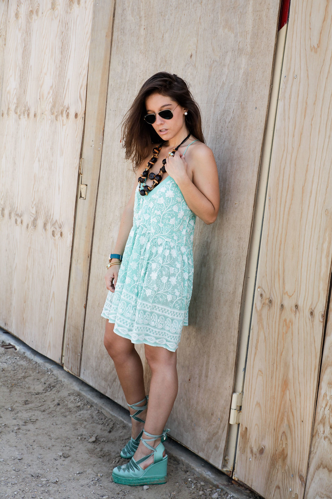 012_turquoise__dress_summer_outfit_miss_june_castañer_cuñas_aguamarina_theguestgirl_influencer_barcelona_laura_santolaria