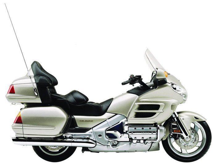 Honda GL 1800 GOLDWING 2006 - 19