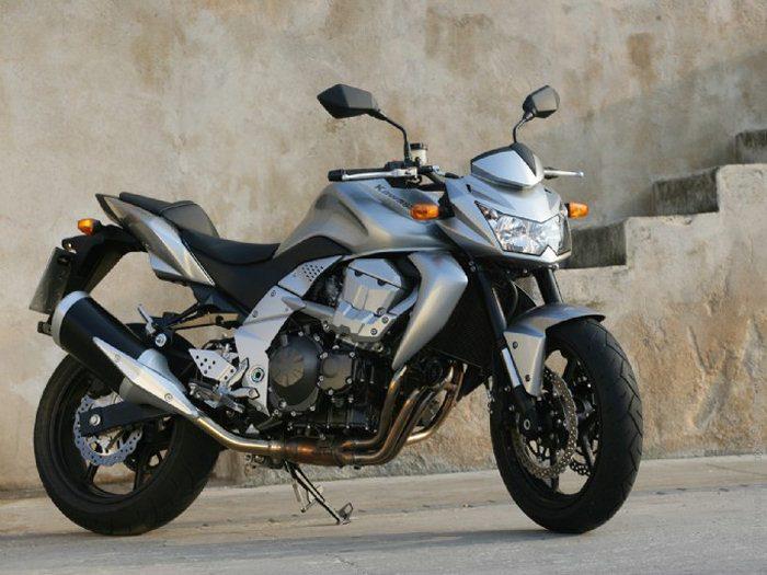 Kawasaki Z 750 2009 - 46