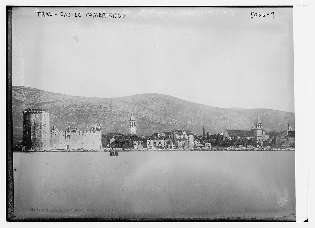 Trau - Castle Camerlengo (LOC)