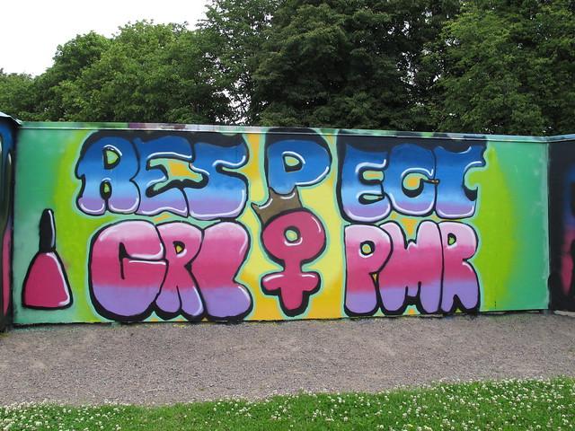 monday, respect girl power, street art, graffiti, drottninghög, helsingborg