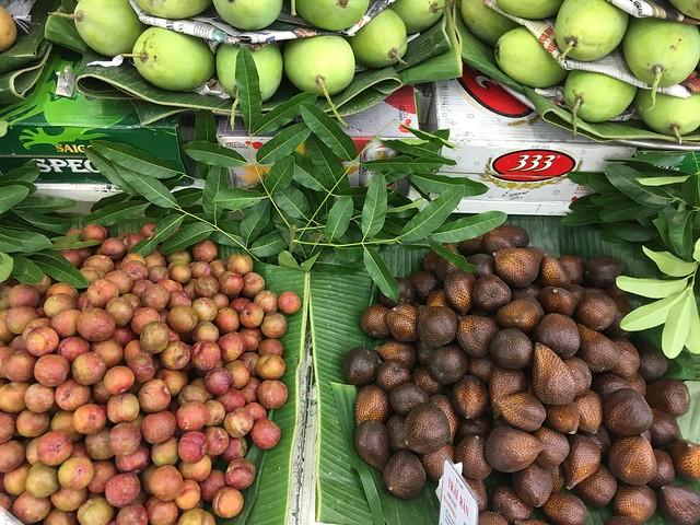 Fruit Market BEN TRANH