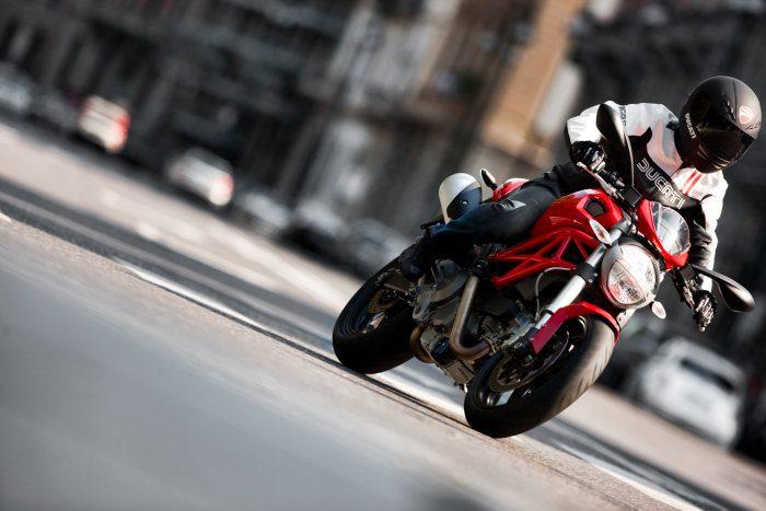 Ducati 696 MONSTER 2008 - 34