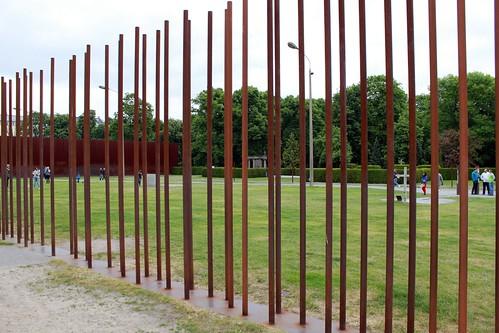 An der Gedenkstätte Berliner Mauer