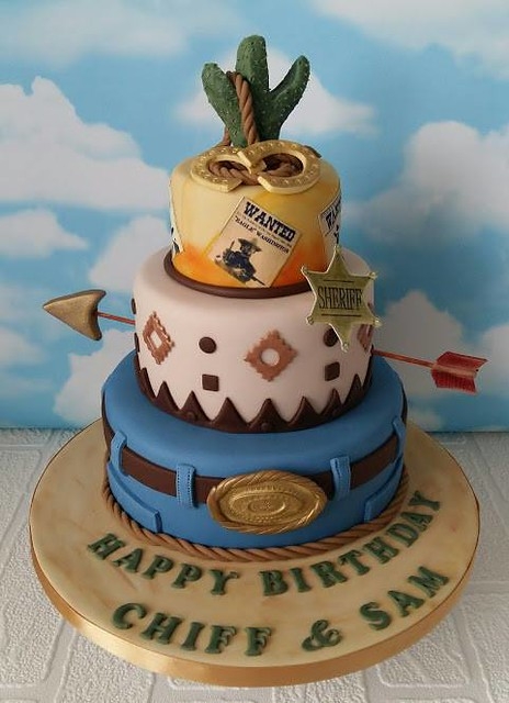 Cake by Teeny Cupcakes