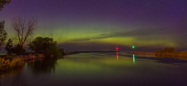 Northern Lights at Irondequoit Bay Outlet