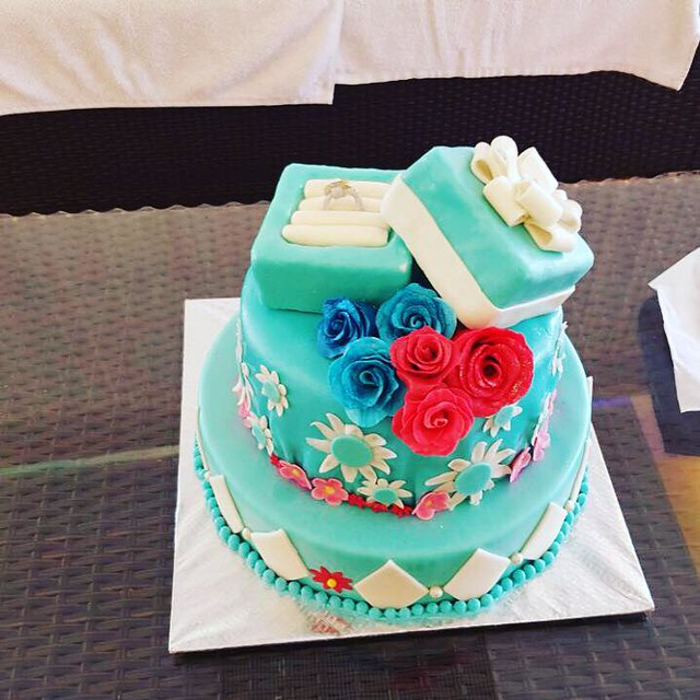 Cake by Nicole's Cake Delight