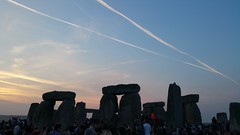 Summer Solstice 2017: Stonehenge crowds as sun rises