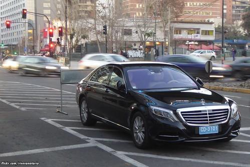 Mercedes-Benz S Class (patente diplomática) - Santiago, Chile