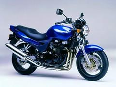 Kawasaki 750 ZR-7 N 2004 - 6