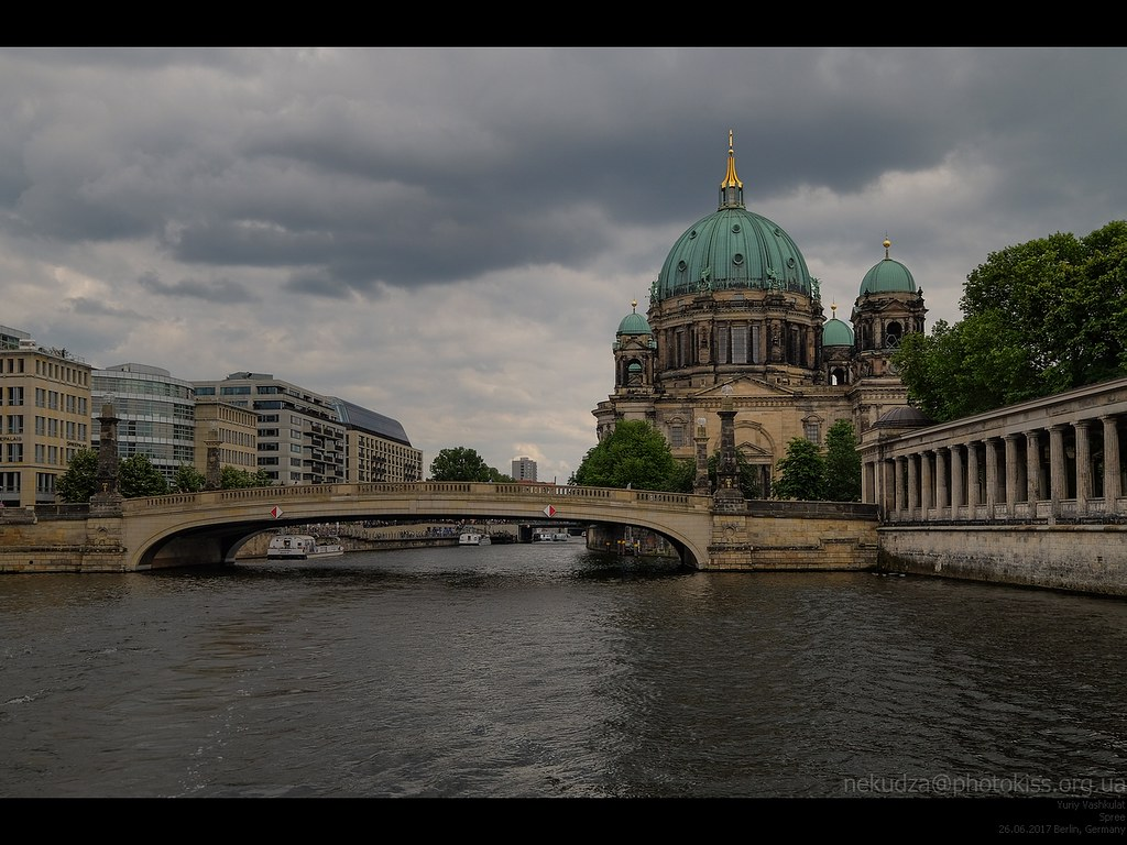 berlin_spree_dom1