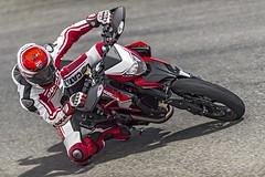 Ducati HM 821 Hypermotard SP 2015 - 12