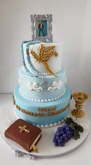 Cake by Hokey Pokey Fun Cakes