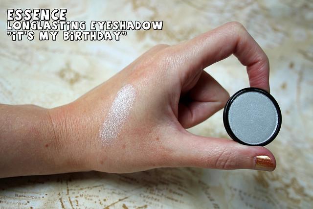 essence - eye shadow
