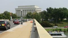 Washington D.C.: Abraham-Lincoln-Memorial - view from Arlington Memorial Bridge (over Potomac River)