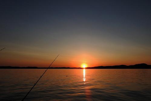 hotsprings arkansas water lake blue horizon sun boat view usa outdoor cloud clouds sunrise landscape landscapes seascape fishing sky fishingrods rods dslrlevel01 dslrlevel02 dslrlevel03 dslrlevel04