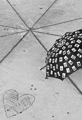 Time Umbrella and Heart bnw