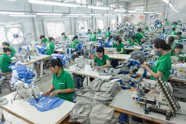 Mũ vải công nhân màu trắng