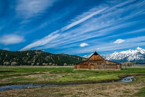 T.A. Moulton barn - Explore