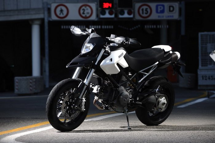Ducati HM 796 Hypermotard 2010 - 24