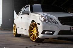 mercedes-benz-e-class-m621-gold-bullion-wheels-9