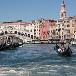 Gondola and Rialto bridge