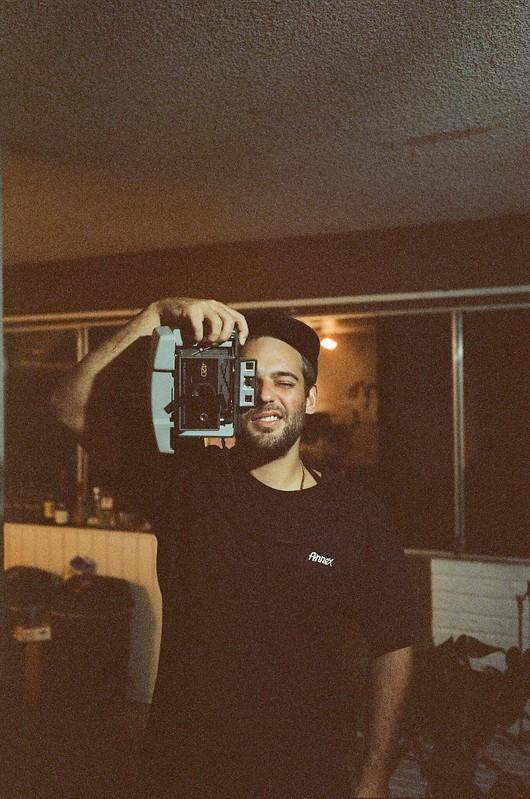 Leica M4 35mm. f/2.8 Cinestill 800T