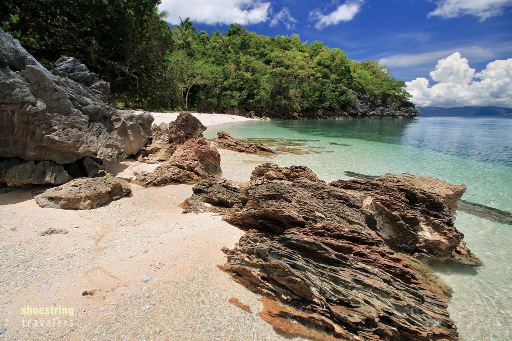 rocks at the southern segment of Talipasak Beach