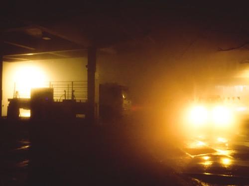 Gas Station in the Mist@Night.台七甲往武陵農場大霧中的加油站。