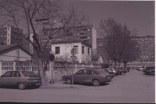 Plaza del Ejército con barracones