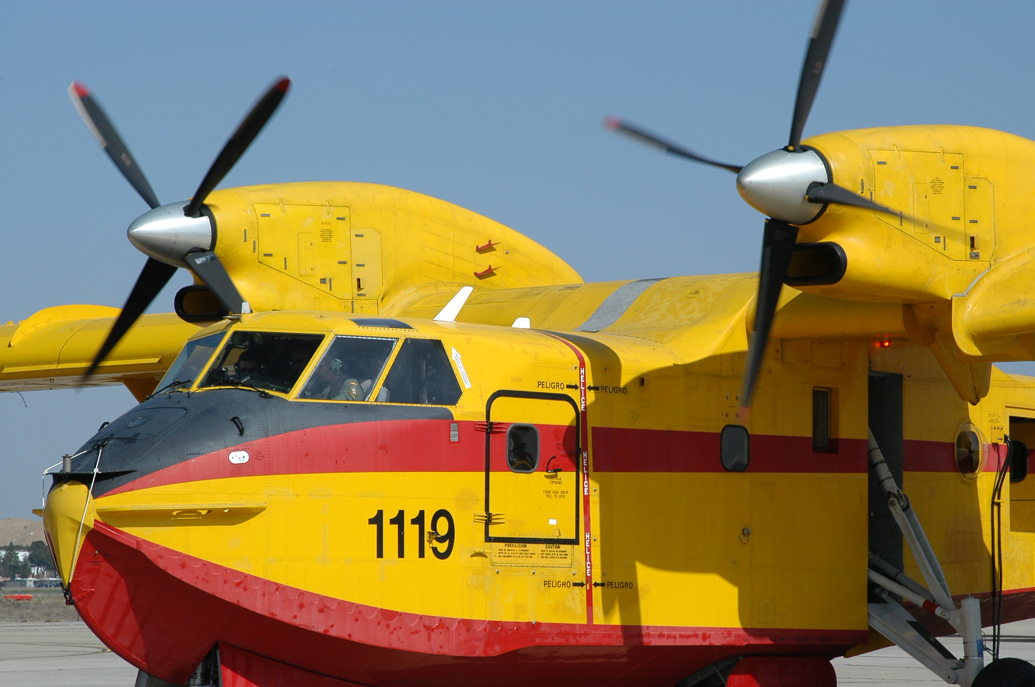 Bombardier CL-215T/415 (UD.13/14)