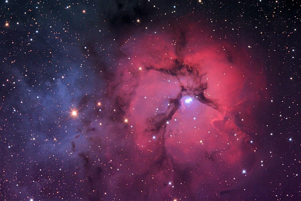 Tinh vân Trifid, pics-about-space.com