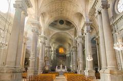 Nef lumineuse de l'Église Sainte-Madeleine de Besançon