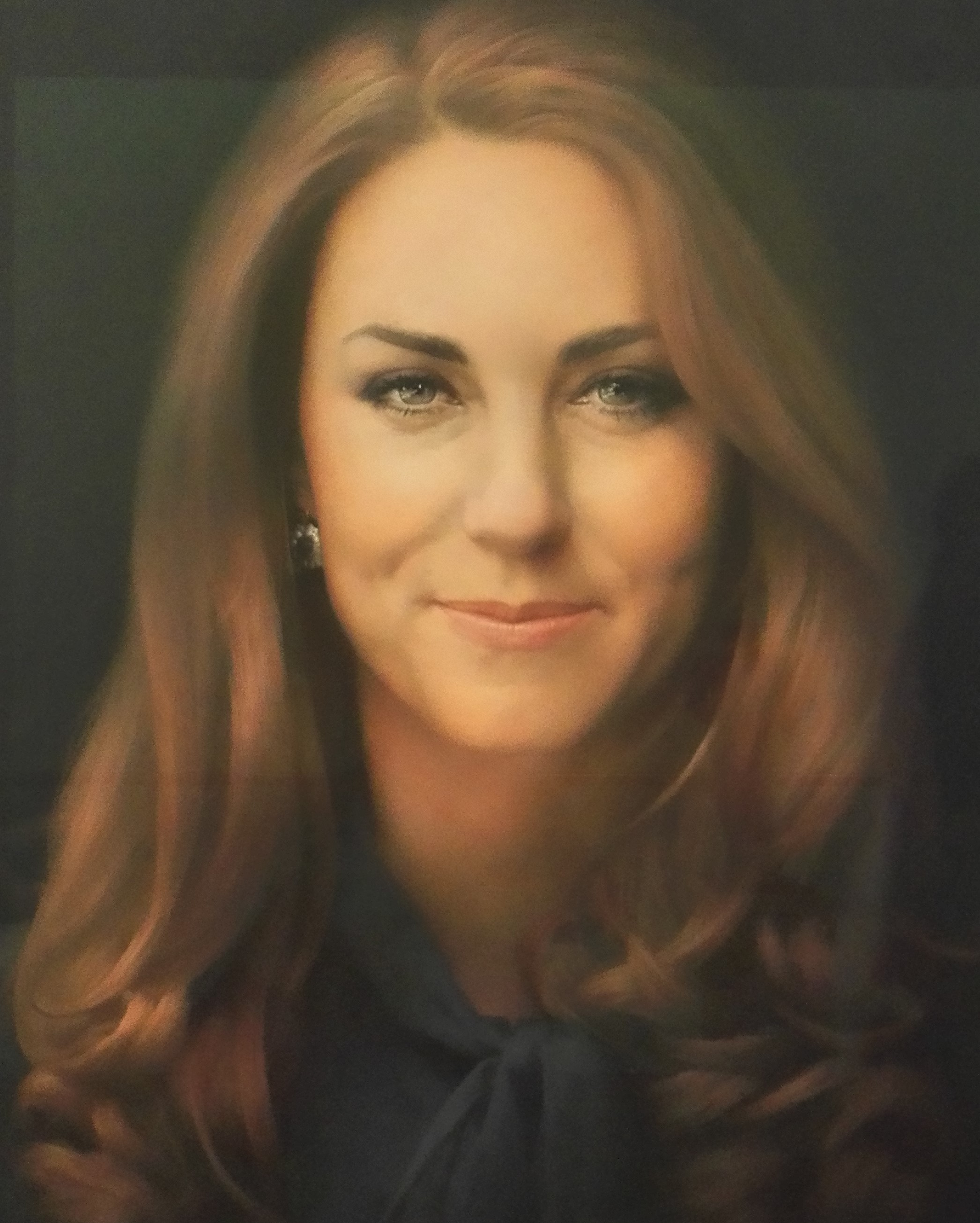 キャサリン妃ってアンジェリーナ・ジョリー似 肖像画 duchess of cambridge Catherine