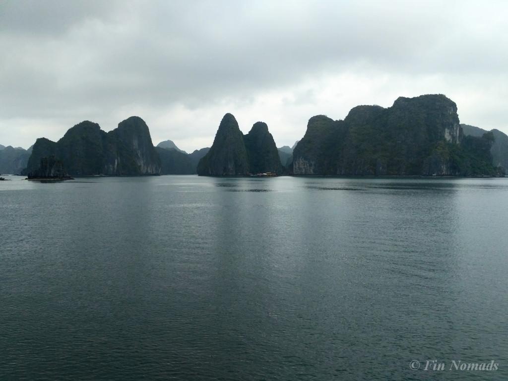 halong bay boat trip 2