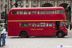 AEC Routemaster - ALD 933B - RM1933 - Stagecoach - 15 Tower Hill - London 2017 - Steven Gray - IMG_0452